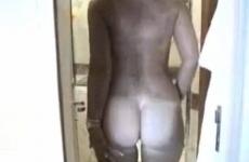 Une femme mature se masturbe devant son mari et se fait remplir la chatte - Creampie vaginal