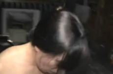 Le mari et l'amant éjaculent dans la chatte de la femme - Cuckold creampie