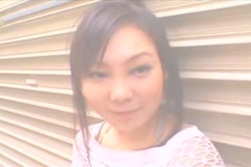 Une jeune japonaise se fait remplir le cul - Creampie anal