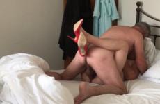 Il baise sa femme en talon - Vaginal creampie